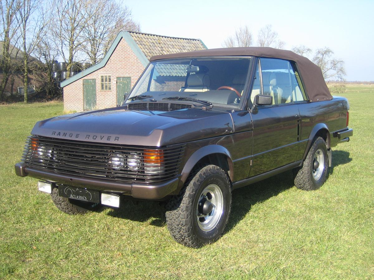 Dos Range Rover de Juan Carlos I se subastaron por más de 150.000 euros