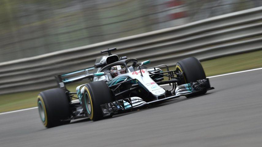 Arranca la Fórmula 1 en Shangai con dominio de Hamilton