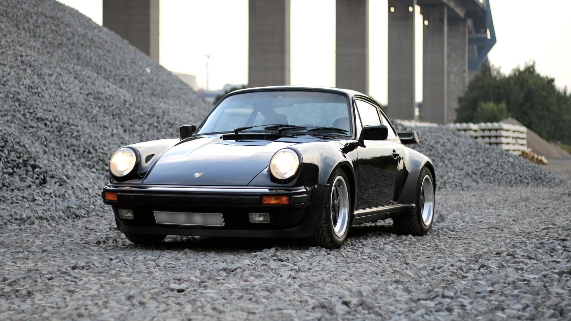 Coche del día: Porsche 911 Carrera 3.2 (930)