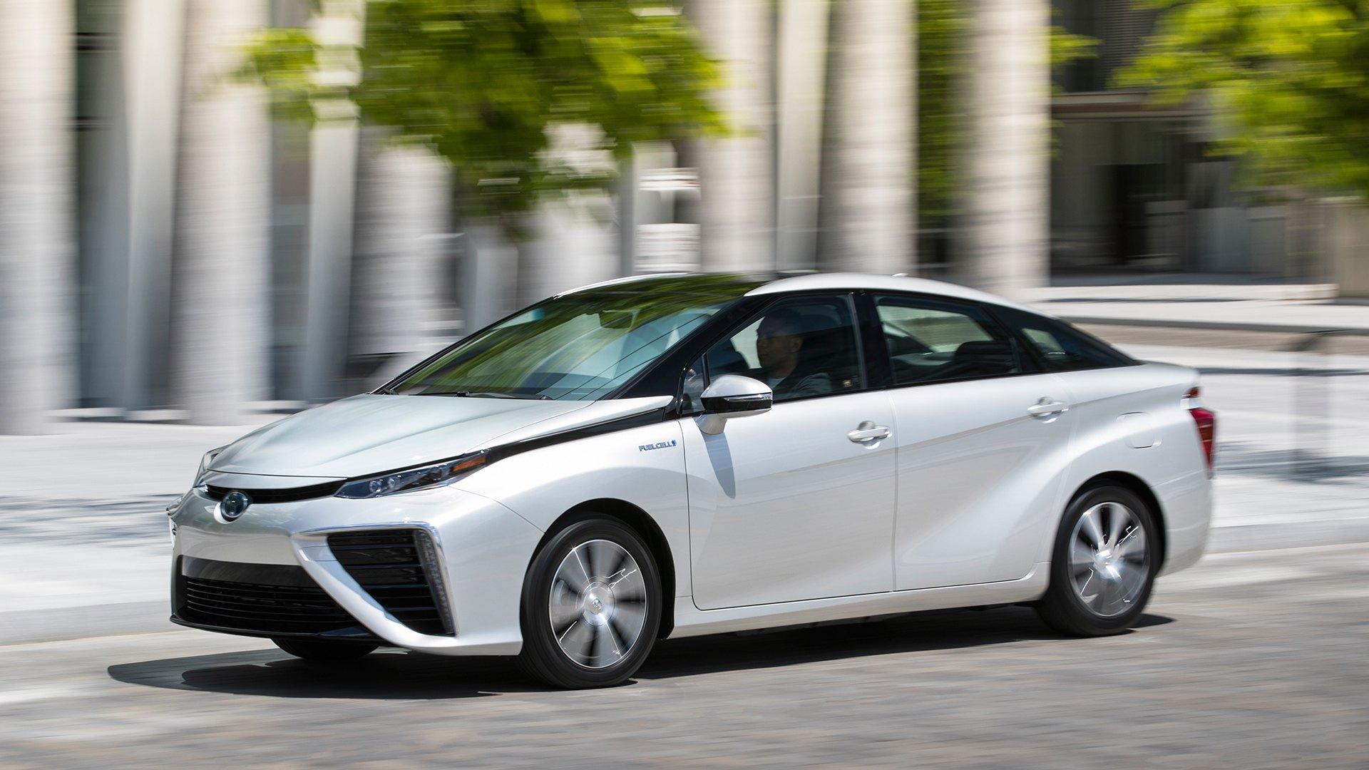Toyota Mirai (2014)