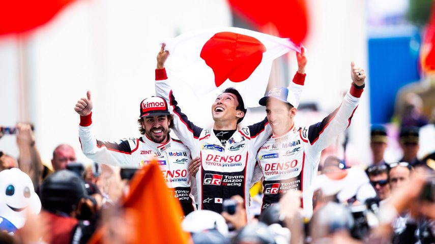 Buemi, Nakajima y Alonso vencen con Toyota las 24 horas de Le Mans 2018