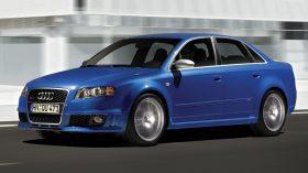 Audi RS4 B7 1