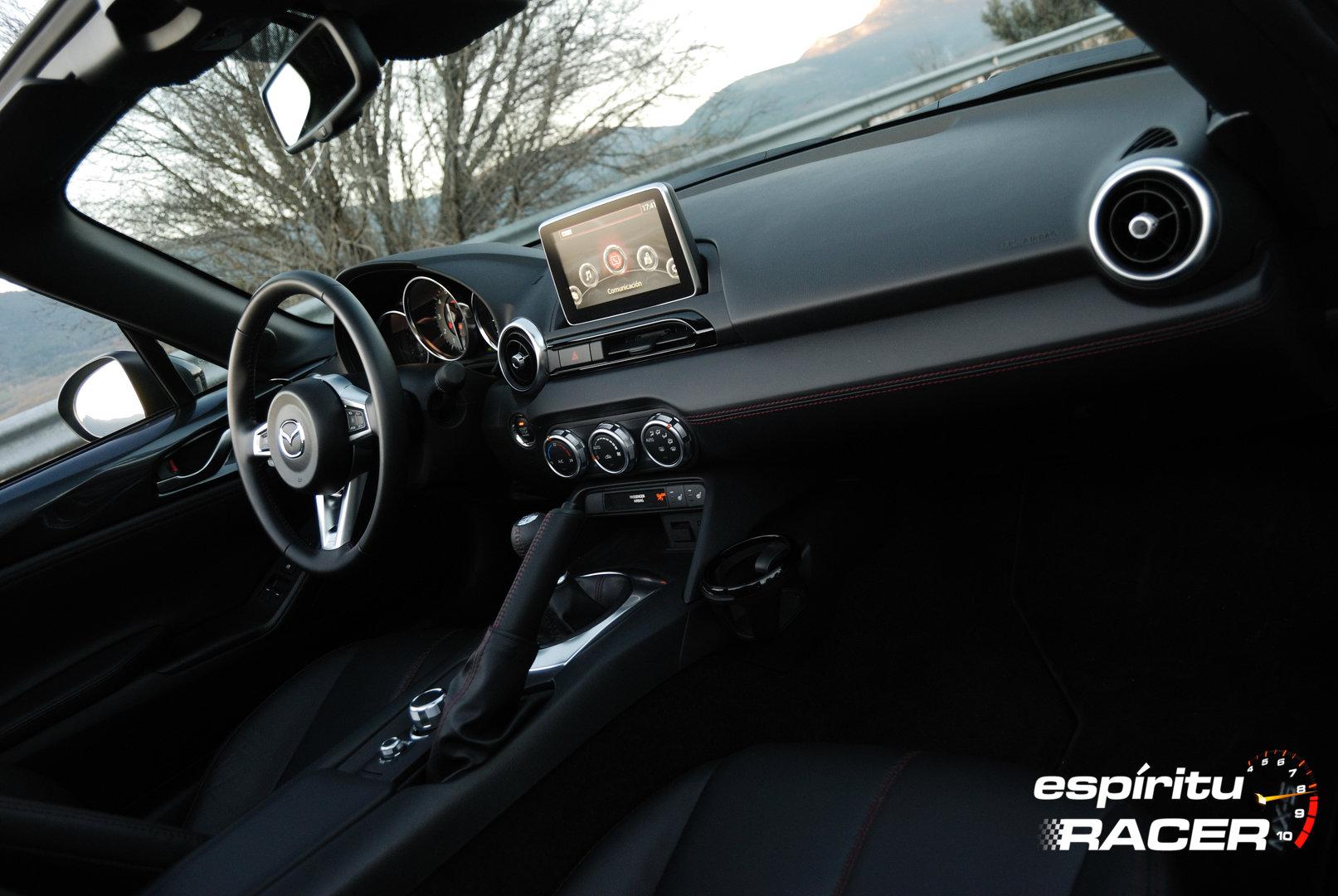 Mazda MX 5 37