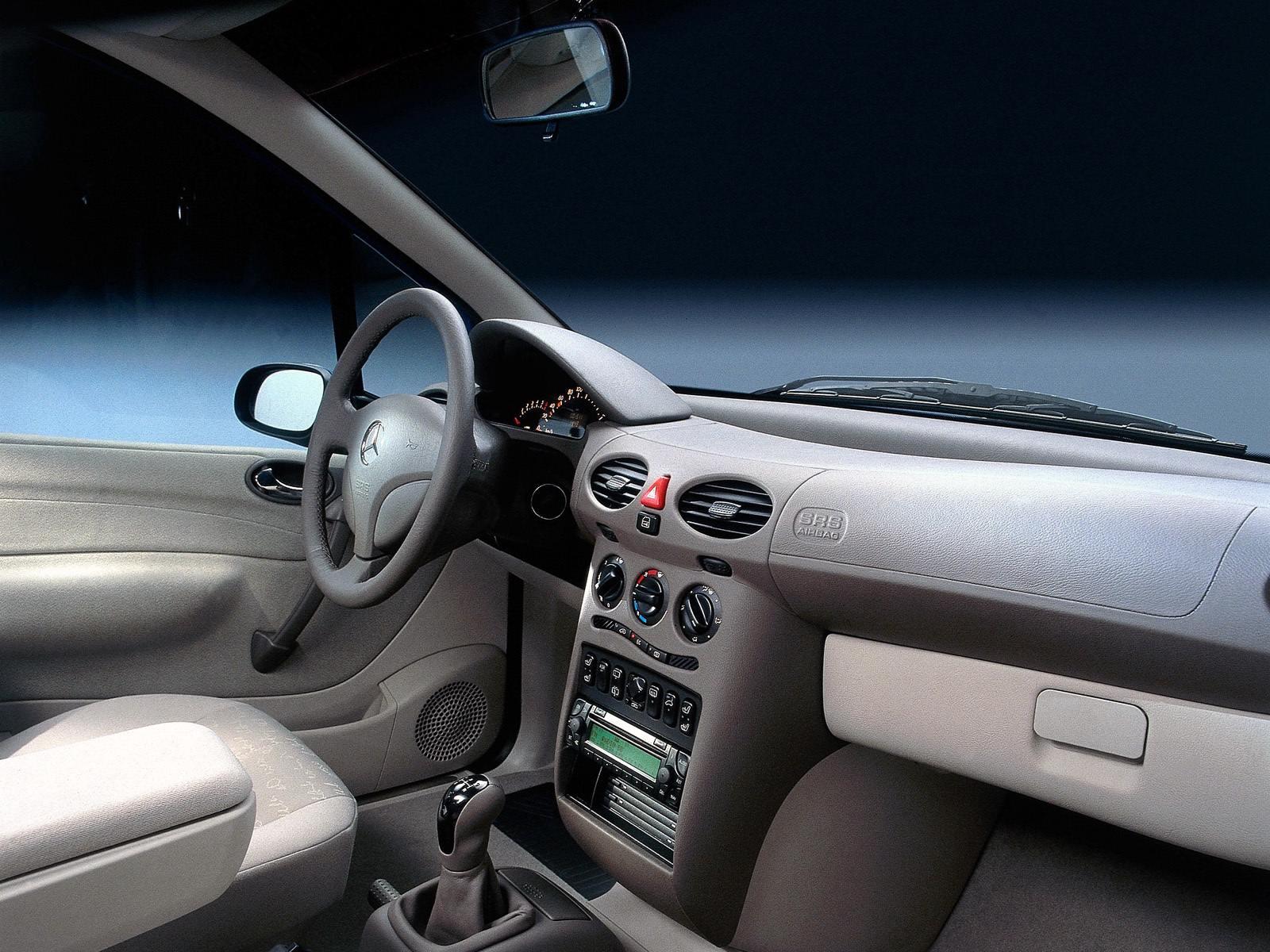 Mercedes A W168 Interior