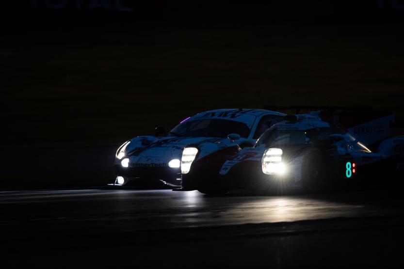 Toyota 8 Noche Le Mans