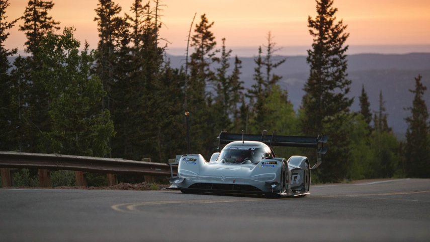 El Volskwagen I.D. R marca el mejor tiempo en la calificación de Pikes Peak