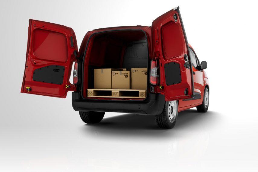 PSA y Toyota preparan el estreno de sus nuevas furgonetas compactas eléctricas