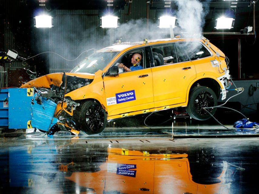 ¿Cómo podría afectar la subida de impuestos al automóvil?