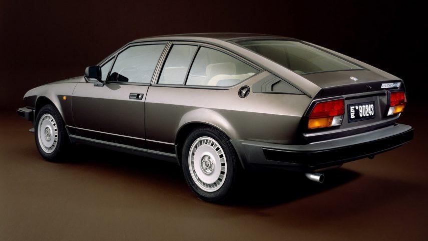 Coche del día: Alfa Romeo GTV 6 2.5