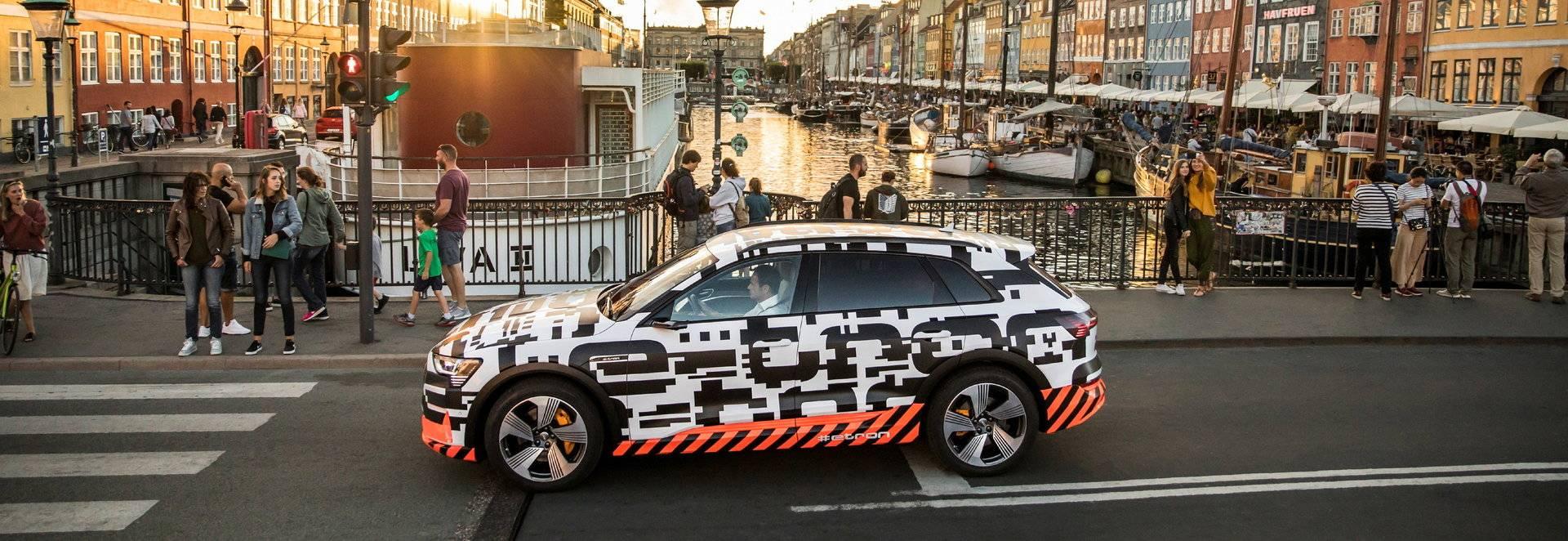 Audi desvela el interior del e-tron prototype