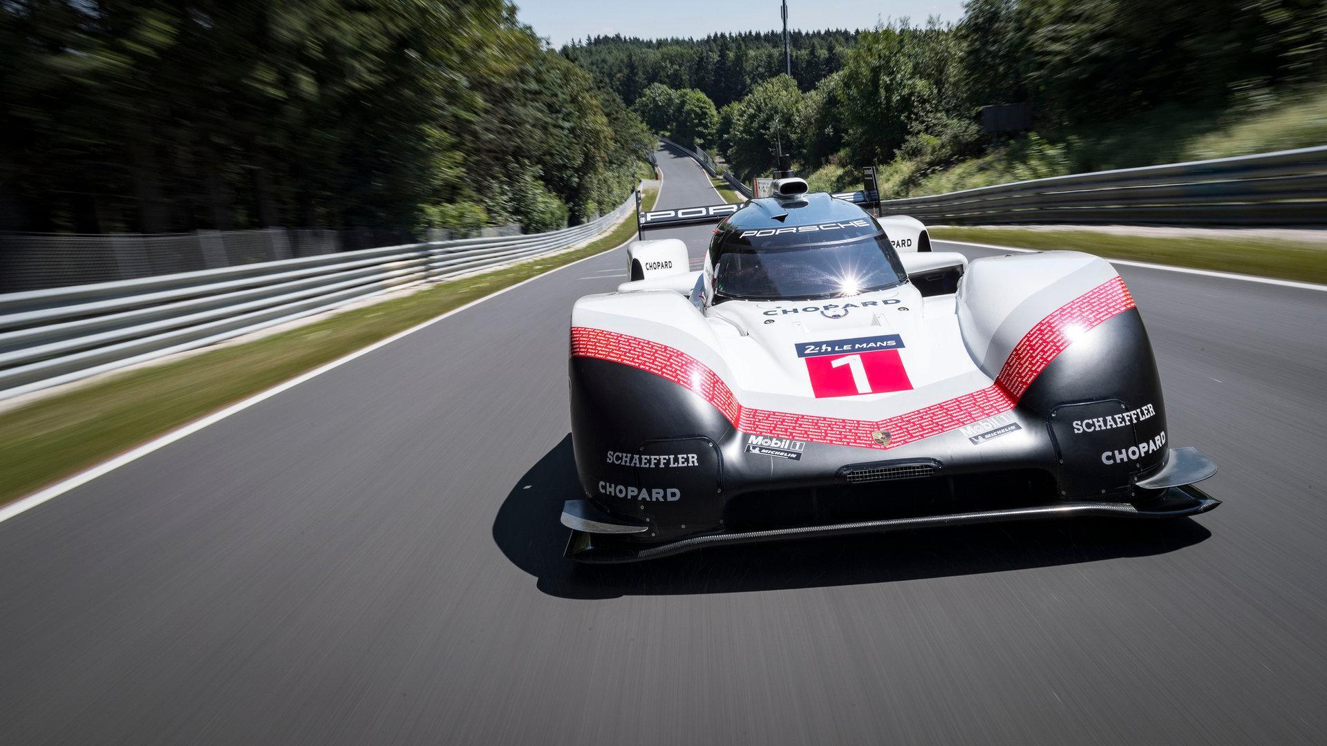 Aston Martin amenaza el liderato de Porsche en Nürburgring