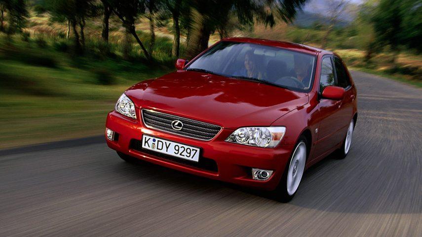 Coche del día: Lexus IS 200