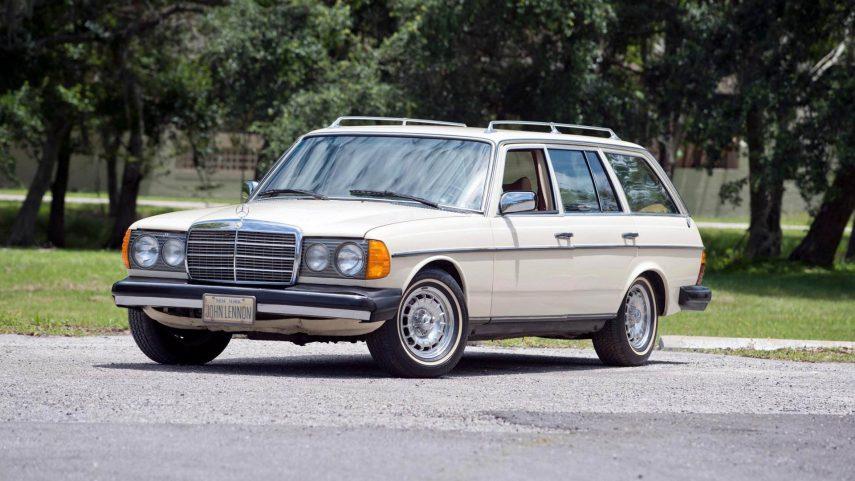 Sale a la venta el Mercedes-Benz 300 TD de John Lennon
