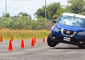 Nissan Kicks test esquiva o prueba del alce Autologia