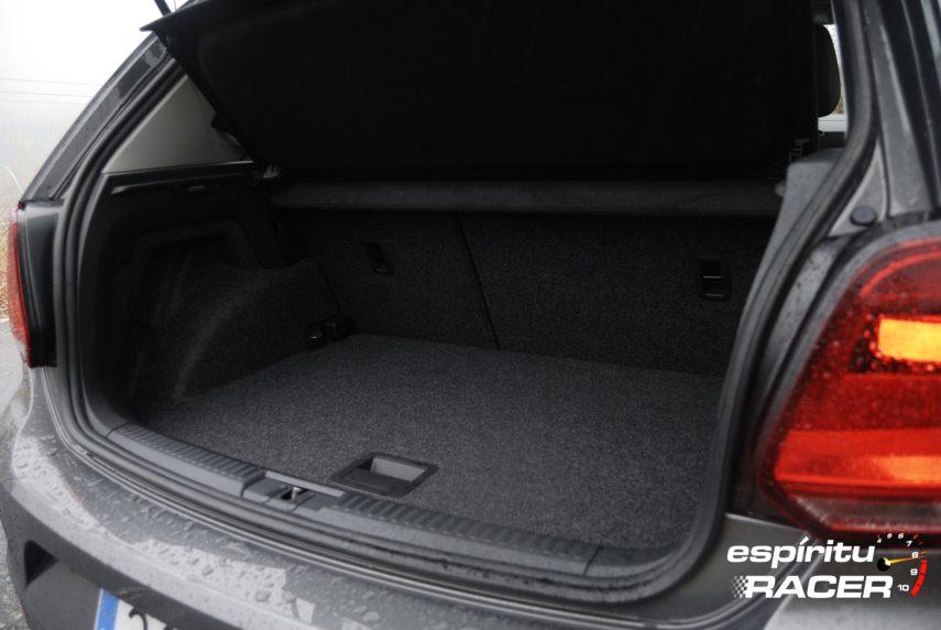 Volkswagen Polo Advance 17