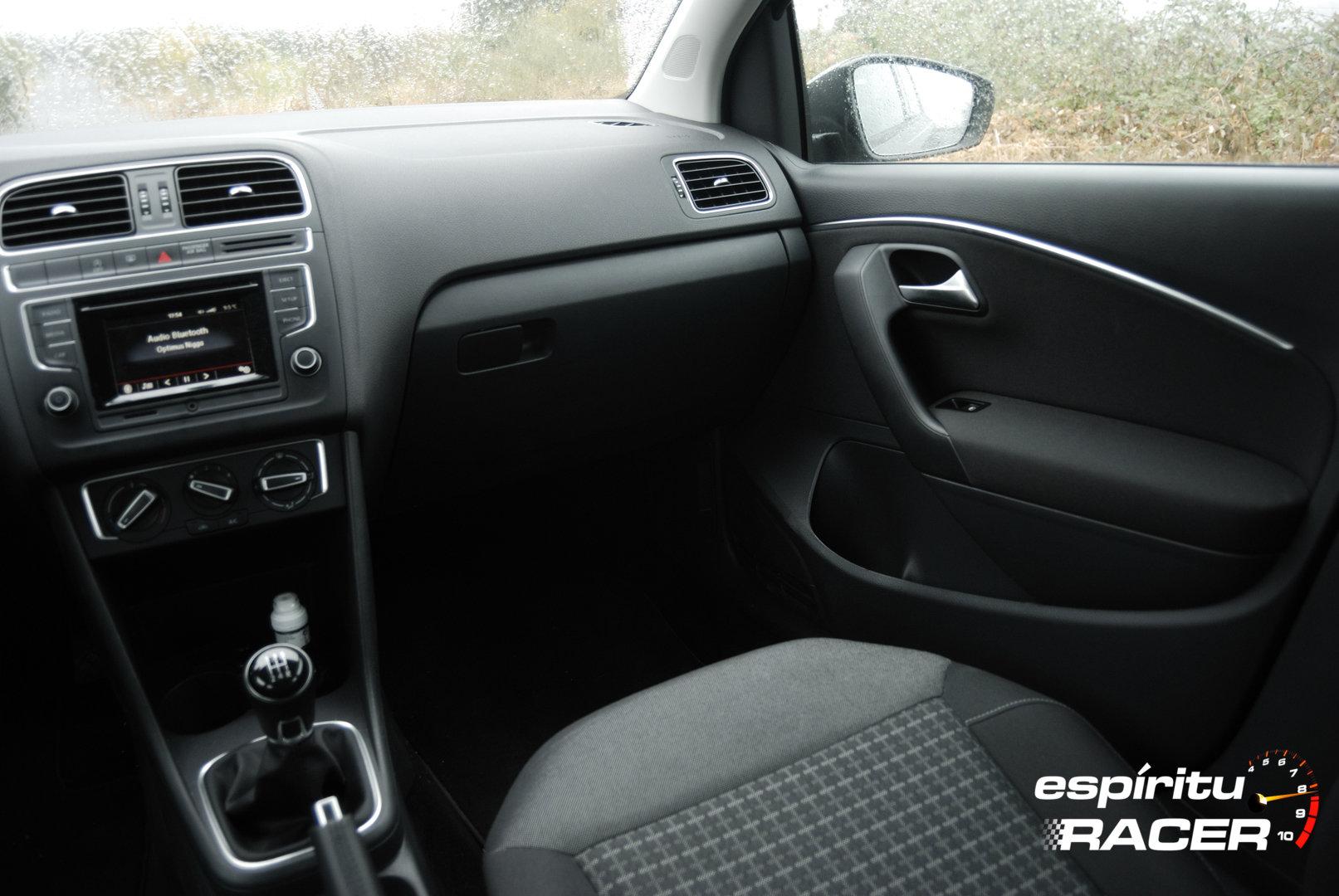 Volkswagen Polo Advance 25
