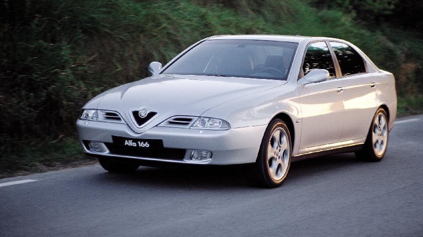 Coche del día: Alfa Romeo 166 3.0 V6 24v (936)