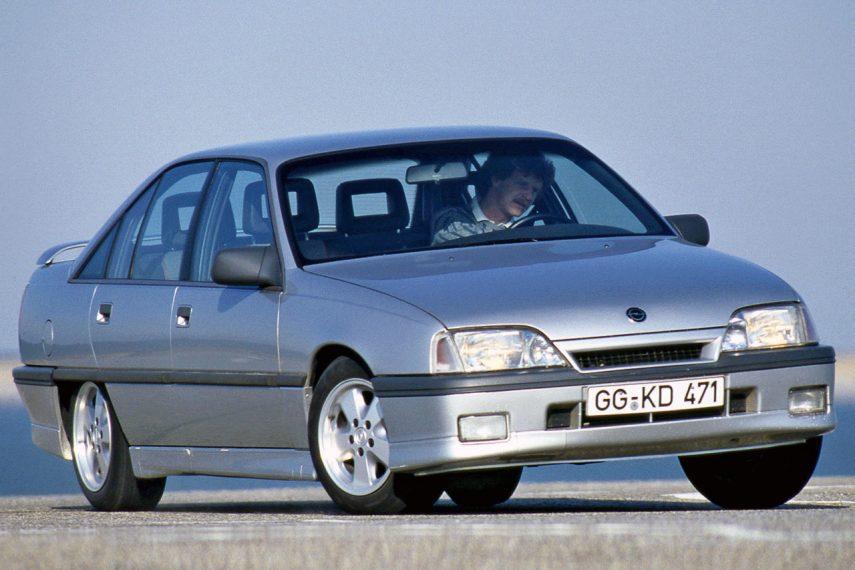 Coche del día: Opel Omega 3000 (A)