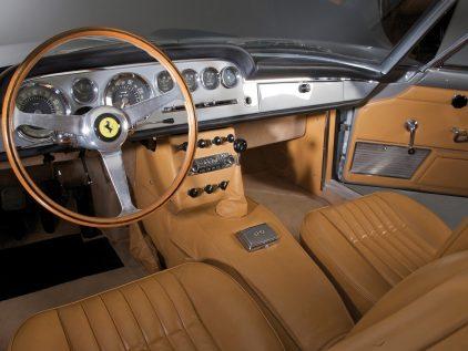 Ferrari 250 GT 2+2 (1960)