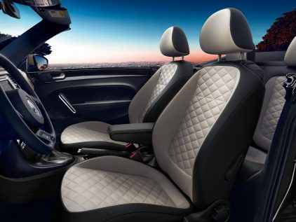 2019 Volkswagen Beetle Convertible Last Edition 3