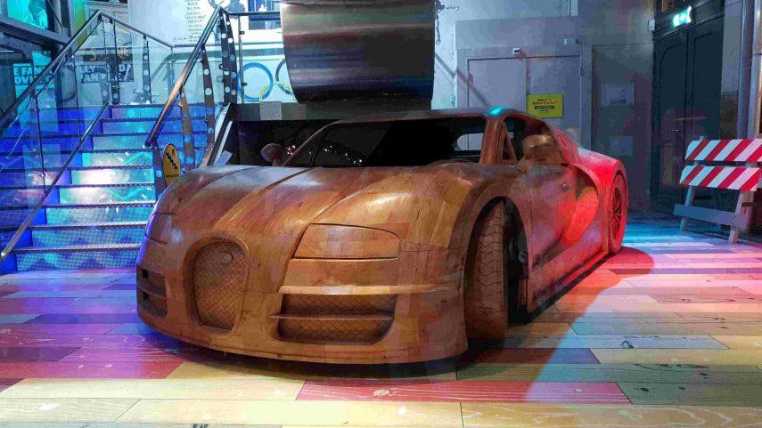Los coches de madera son también para mayores