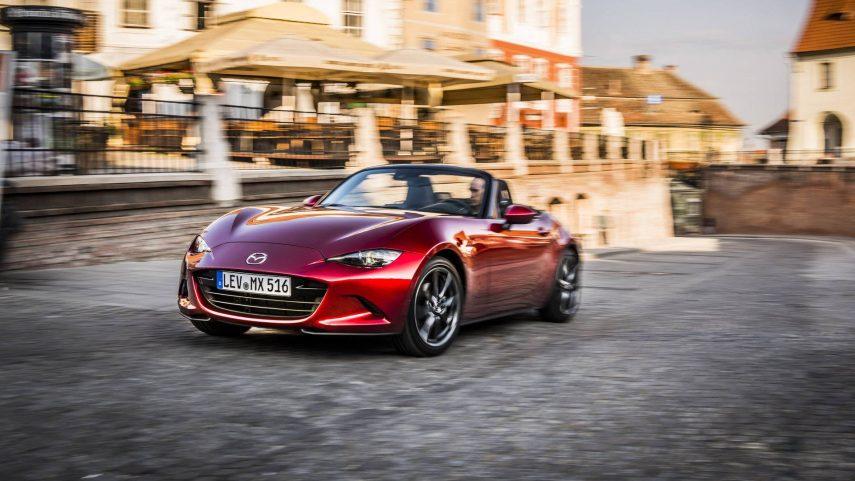 El Mazda MX-5 podría renovarse con la electrificación en mente