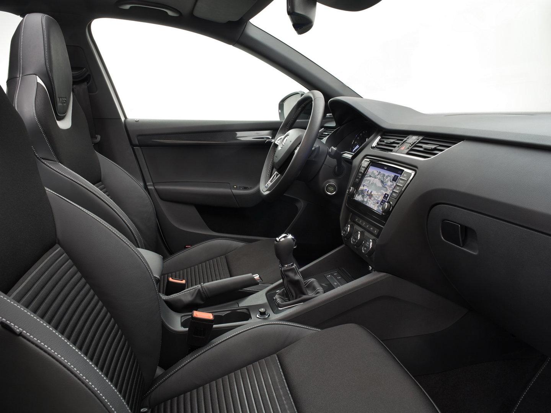 Skoda Octavia RS 5E Interior