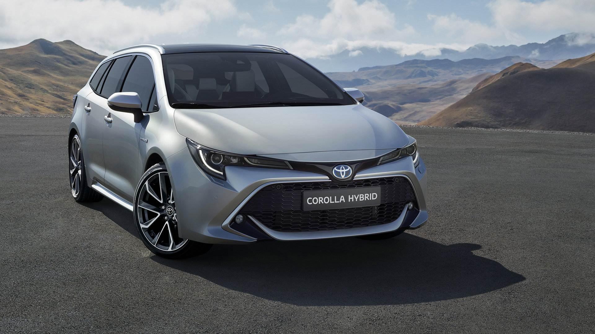 Toyota Corolla Hybrid TS 1
