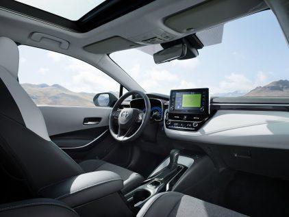 Toyota Corolla Hybrid TS 3