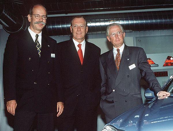 Dieter Zetsche 1998 Con Jurgen Schrempp Y Jurgen Hubbert