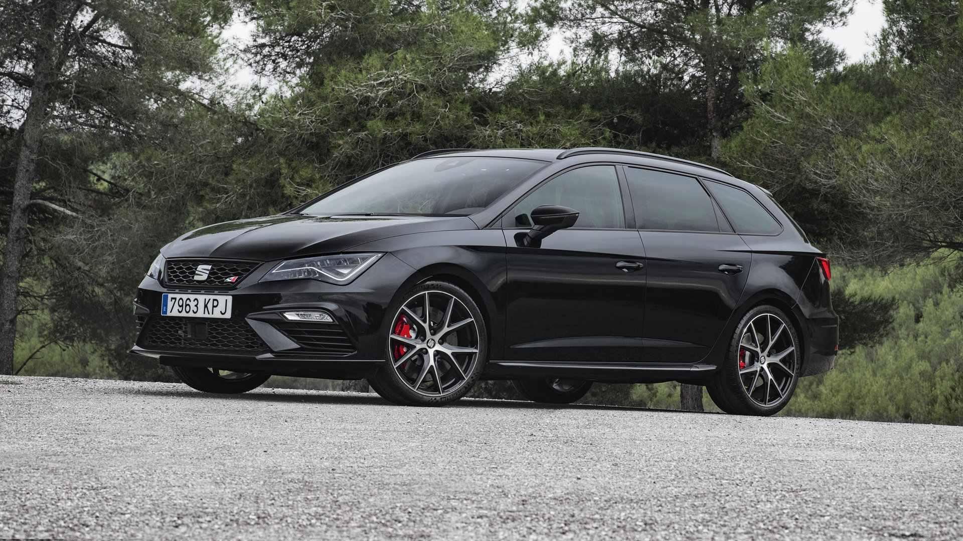 El SEAT León actualiza sus motores y ofrece un ST Cupra muy especial