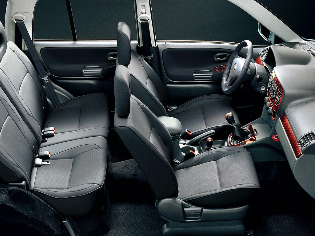 Suzuki Grand Vitara V6 3