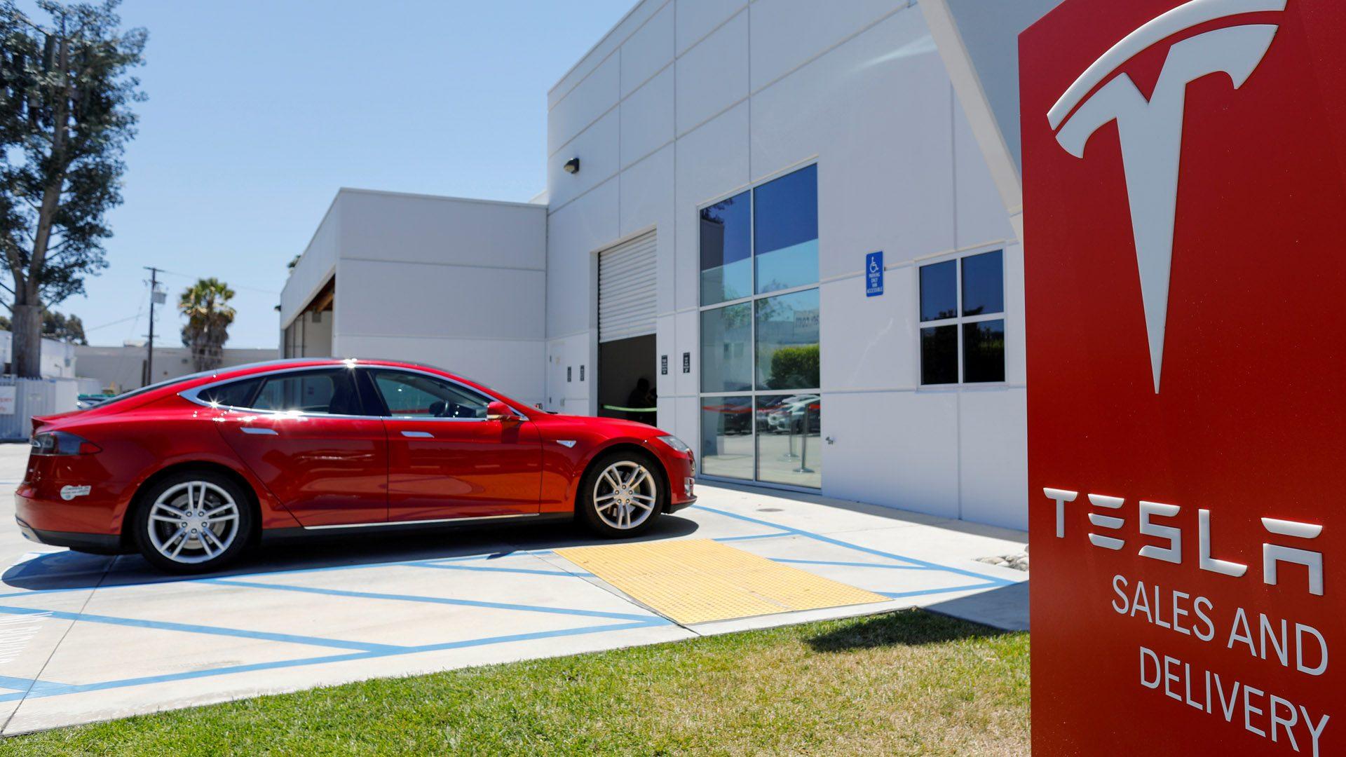 Tesla da beneficios por primera vez