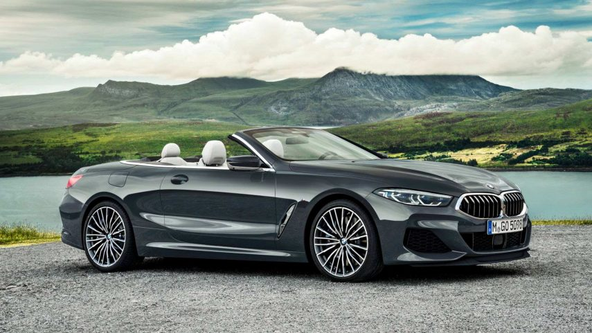 Siente el viento con el BMW 8 Cabrio