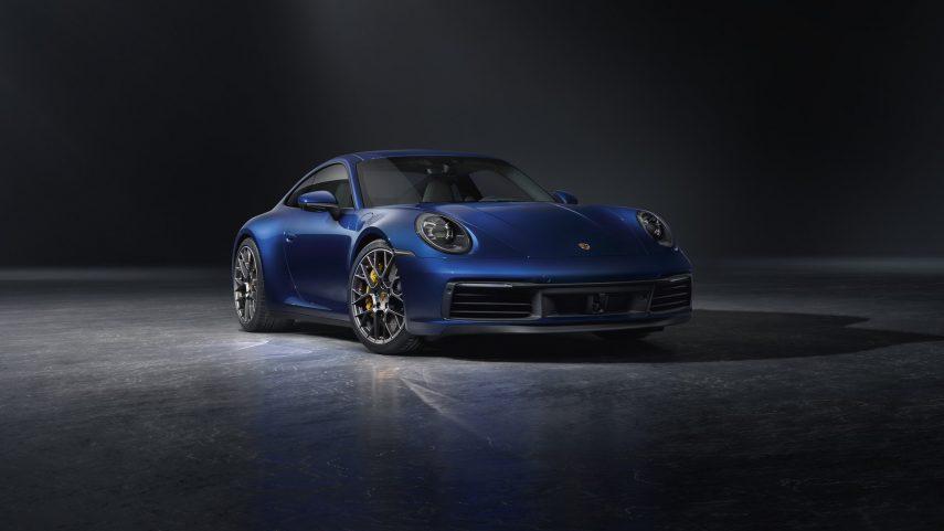 Porsche 911 Carrera 4S 01