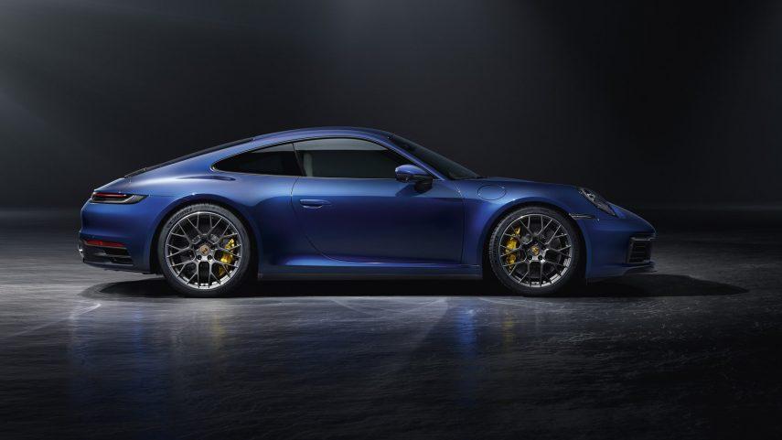 Porsche 911 Carrera 4S 02