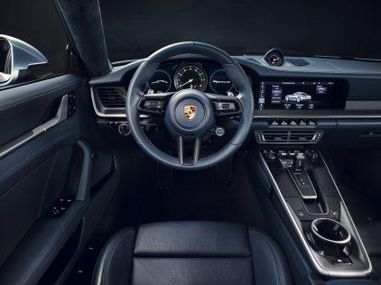Porsche 911 Carrera 4S 04