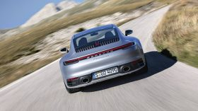 Porsche 911 Carrera 4S 06