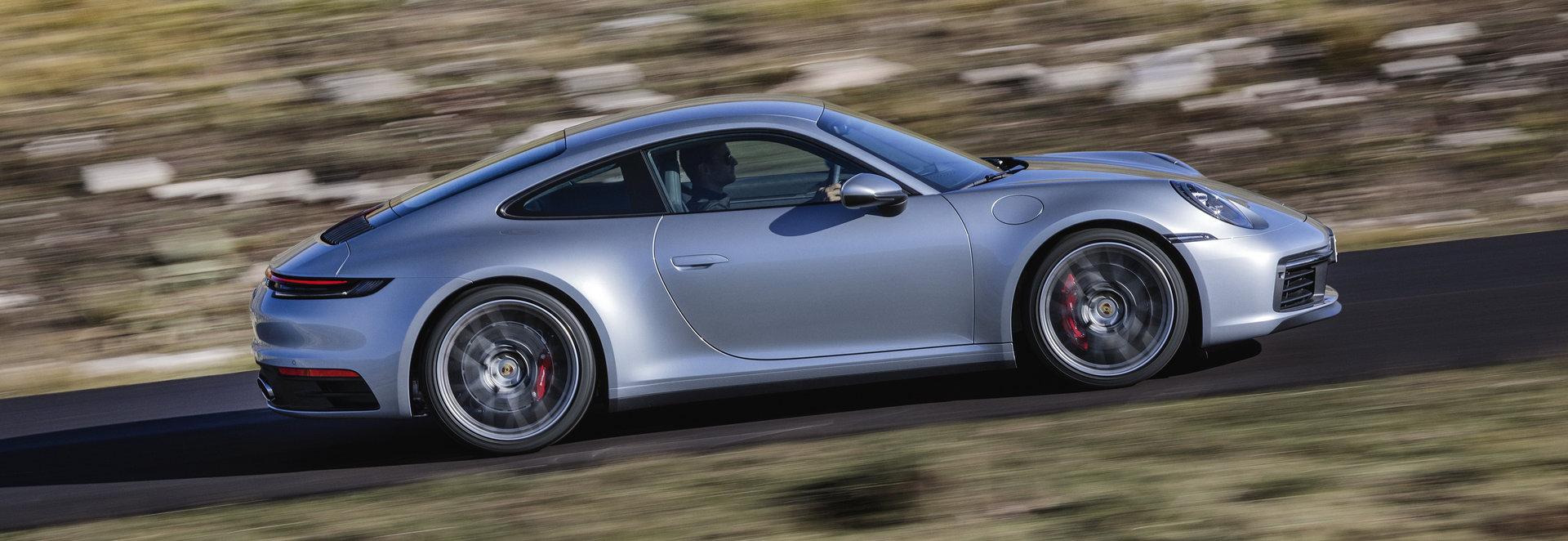 Porsche desvela el 911 Carrera S y Carrera 4S en Los Ángeles