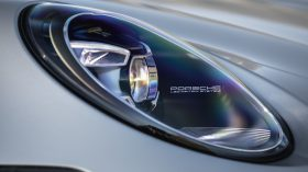Porsche 911 Carrera 4S 12