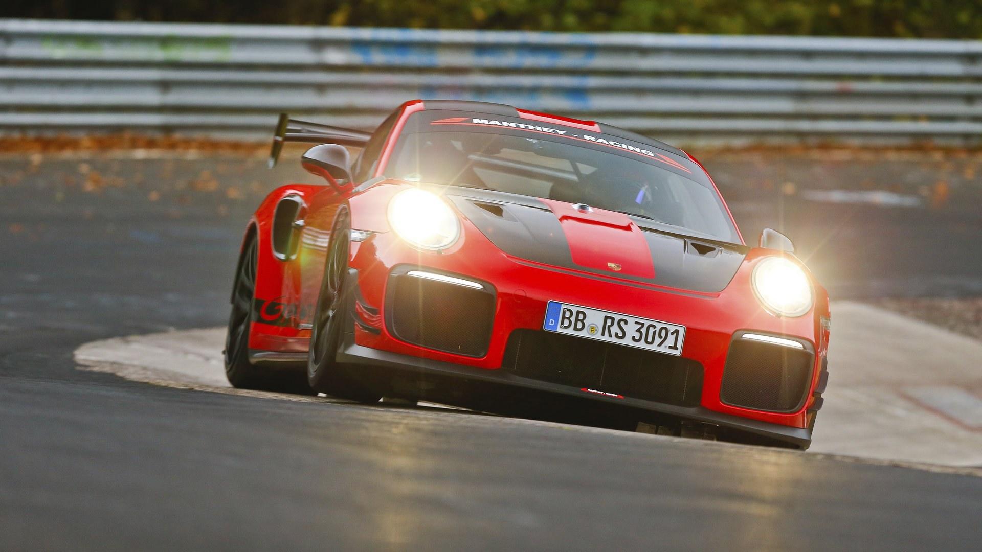 El Porsche 911 GT2 RS reclama su corona en Nürburgring