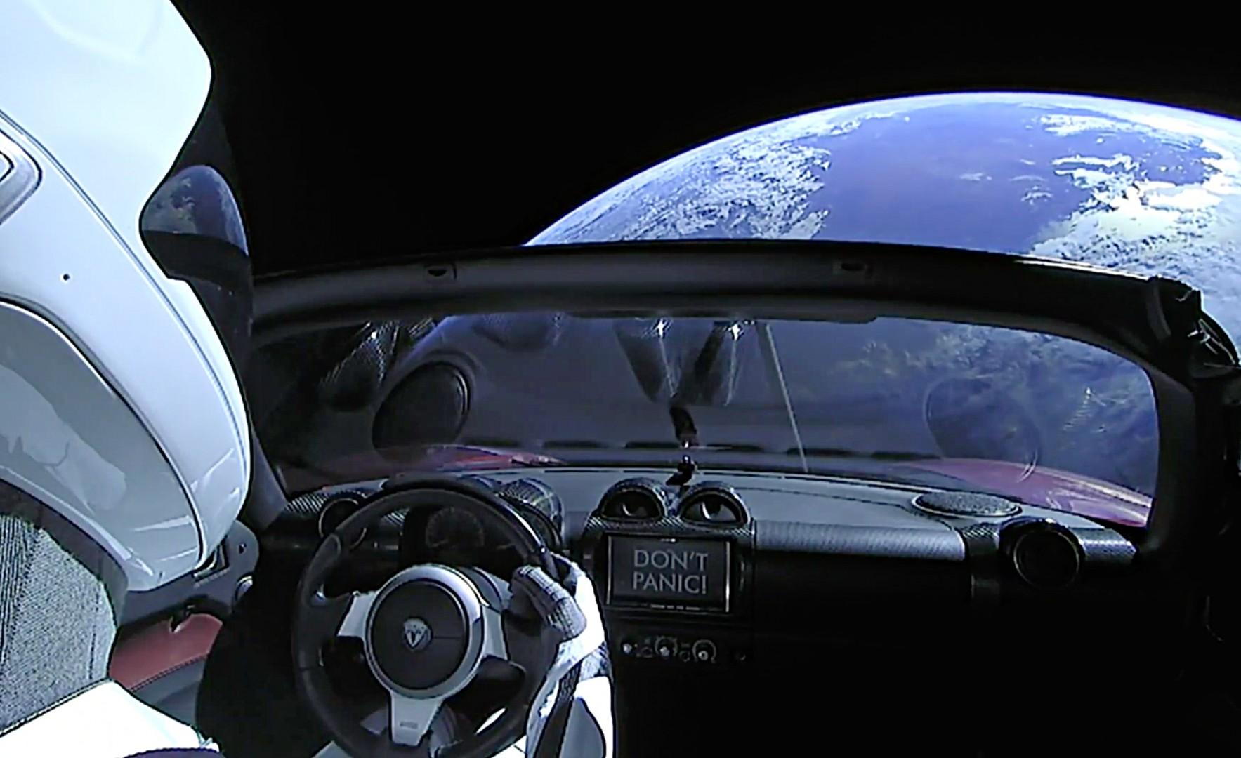 El Tesla Roadster de Starman ha superado la órbita de Marte