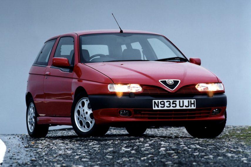 Coche del día: Alfa Romeo 145 Quadrifoglio