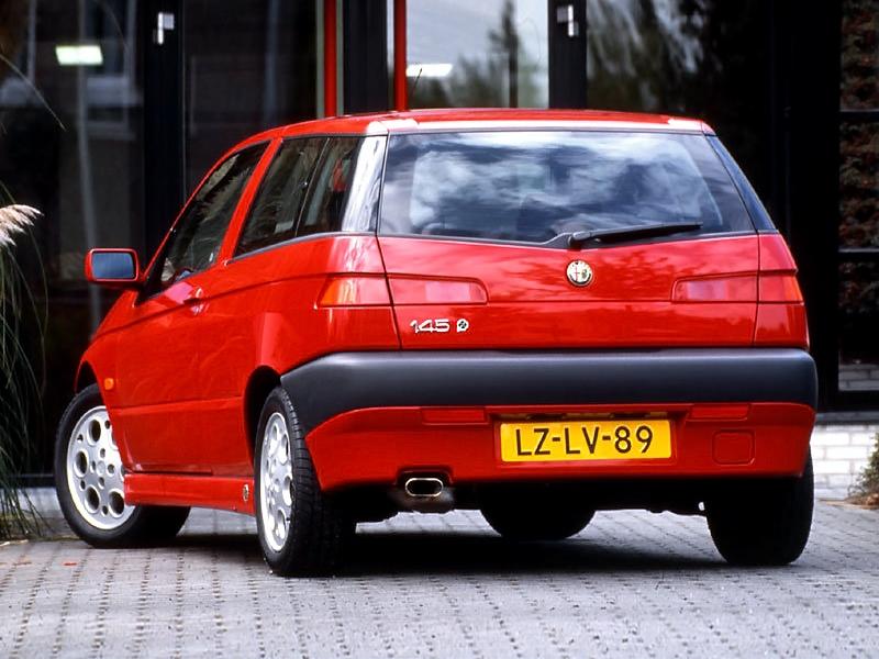 Alfa Romeo 145 Quadrifoglio 3