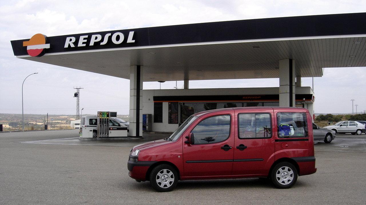 Repsol presenta su gasóleo 100 % natural y ecológico