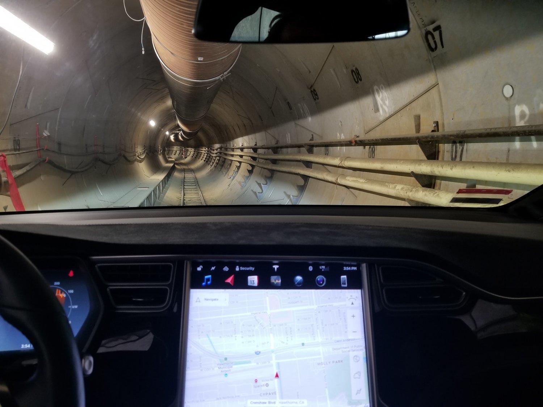 El túnel anti tráfico de Elon Musk ya es una realidad