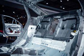 15 Audi A8 Trasera