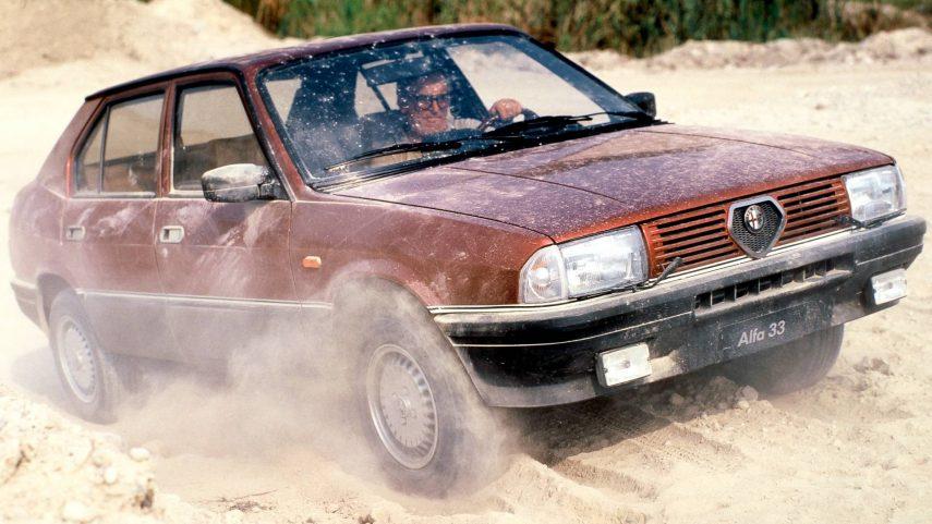 Coche del día: Alfa Romeo 33 4×4