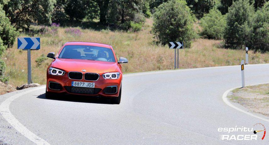 BMW 130i Carretera Secundaria