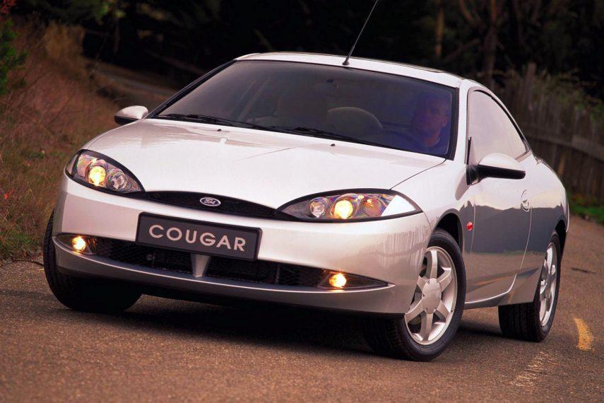 Coche del día: Ford Cougar 2.5 V6